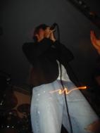 Vince, chanteur au zizi lumineux