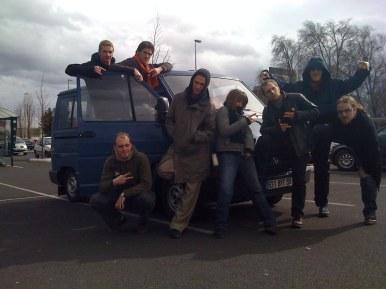 Etape à Clermont-Ferrand, le temps de poser avec l'équipe au quasi-complet (manquent Kev et Phil)